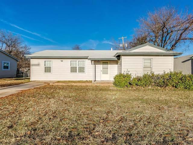 320 Renfro Street, Burleson, TX 76028 (MLS #14236382) :: Century 21 Judge Fite Company