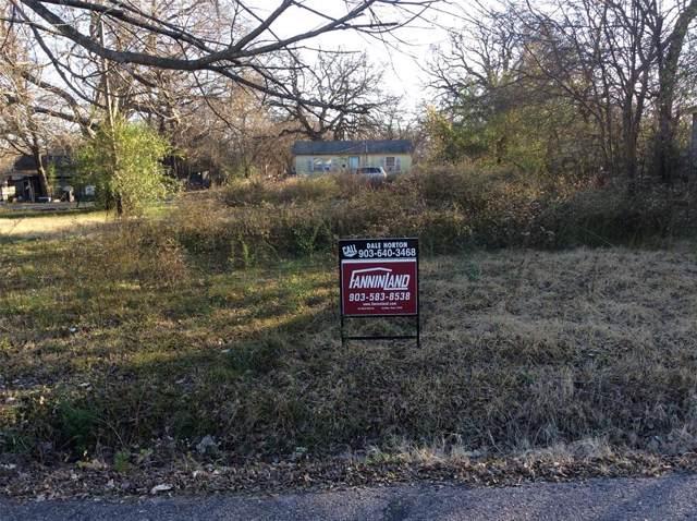 805 S 4th Street, Bonham, TX 75418 (MLS #14236531) :: Dwell Residential Realty