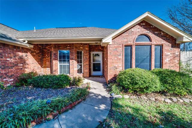 1302 Meadow Court, Midlothian, TX 76065 (MLS #14236676) :: The Good Home Team