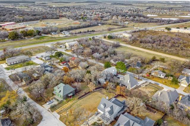 215 Dallas Street, Argyle, TX 76226 (MLS #14236734) :: The Real Estate Station
