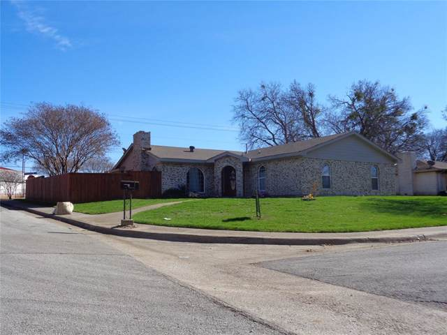 214 Martin Luther Circle, Duncanville, TX 75116 (MLS #14236819) :: Robbins Real Estate Group