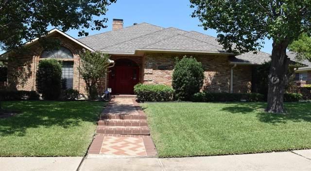 2529 Briardale Drive, Carrollton, TX 75006 (MLS #14237145) :: The Kimberly Davis Group
