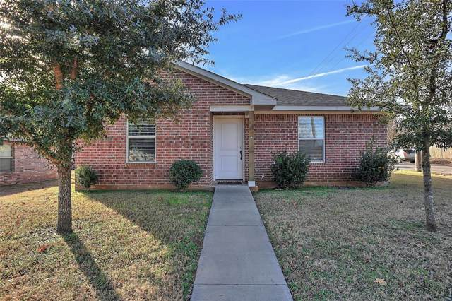 630 W Day Street, Denison, TX 75020 (MLS #14237201) :: RE/MAX Town & Country