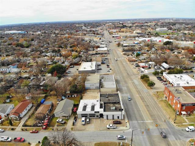 1551 W Berry Street, Fort Worth, TX 76110 (MLS #14237327) :: All Cities Realty