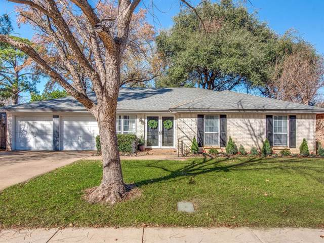 1905 Lexington Place, Bedford, TX 76022 (MLS #14237380) :: RE/MAX Town & Country