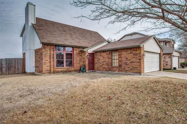2128 Crestmeadow, Denton, TX 76207 (MLS #14237431) :: The Real Estate Station