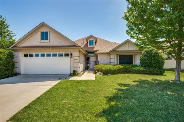 9113 Perimeter Street, Denton, TX 76207 (MLS #14237895) :: Tenesha Lusk Realty Group