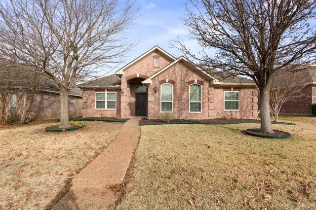 10020 Cambridge Drive, Frisco, TX 75035 (MLS #14238095) :: All Cities Realty
