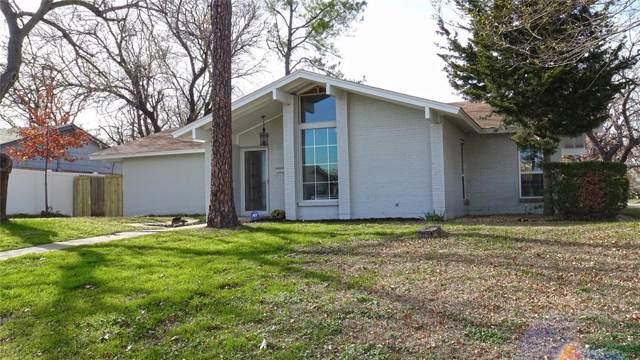 1802 Santa Maria Court, Grand Prairie, TX 75051 (MLS #14238204) :: NewHomePrograms.com LLC
