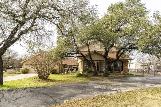 9211 Live Oak Lane, Fort Worth, TX 76179 (MLS #14238235) :: All Cities Realty