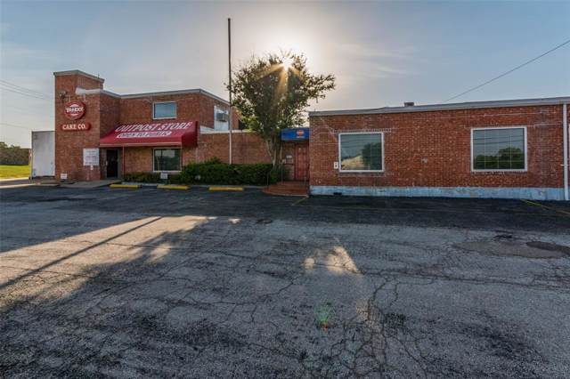 5302 Texoma Parkway, Sherman, TX 75090 (MLS #14238391) :: The Kimberly Davis Group