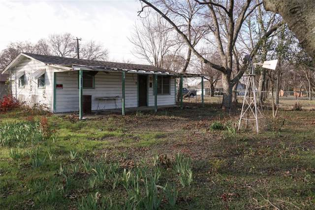 226 S Willow Drive, Pottsboro, TX 75076 (MLS #14238439) :: Robbins Real Estate Group