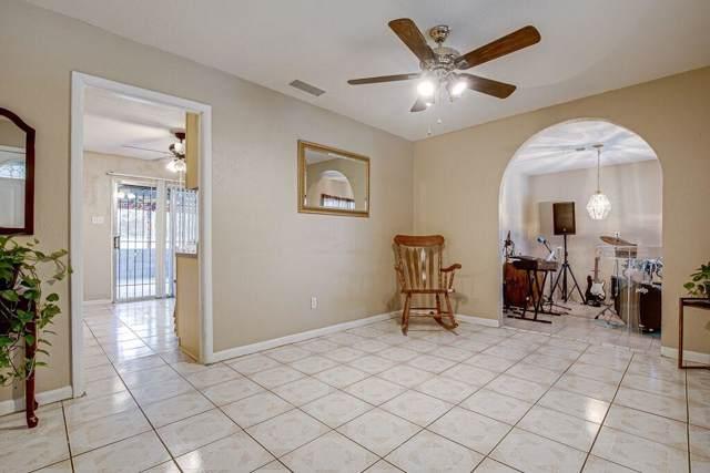 1817 Curtis Drive, Garland, TX 75040 (MLS #14238498) :: The Good Home Team