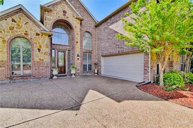 4312 Crestview Lane, Mansfield, TX 76063 (MLS #14238615) :: Tenesha Lusk Realty Group