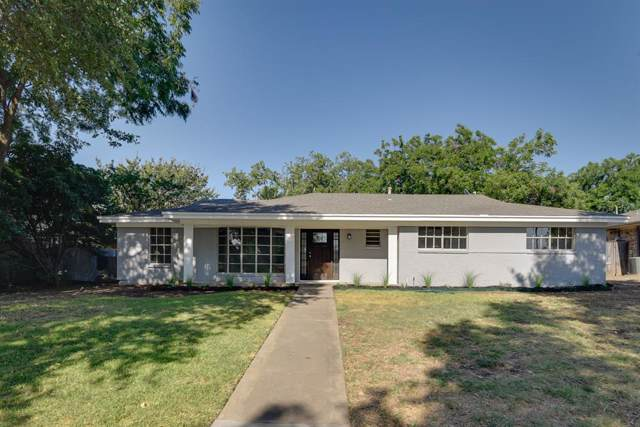 1301 NW 14th Street, Grand Prairie, TX 75050 (MLS #14238803) :: The Kimberly Davis Group
