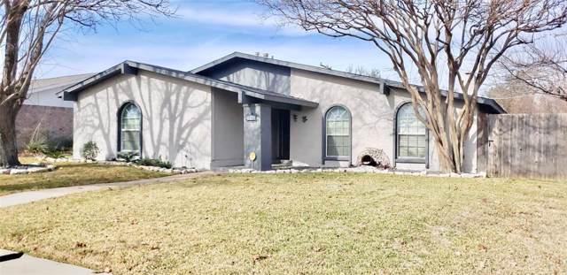 742 Echo Drive, Grand Prairie, TX 75052 (MLS #14238880) :: The Kimberly Davis Group