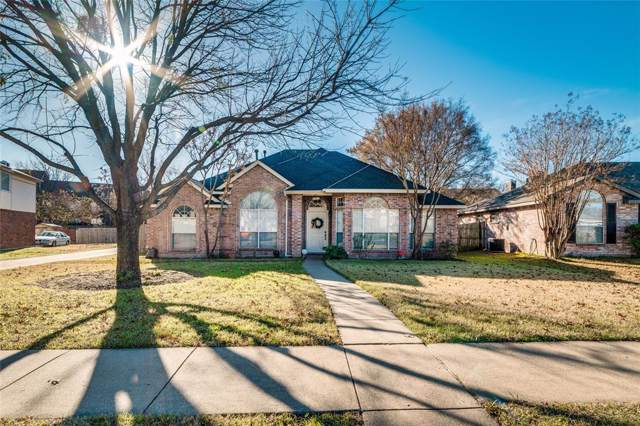 906 Bray Street, Cedar Hill, TX 75104 (MLS #14238888) :: RE/MAX Town & Country