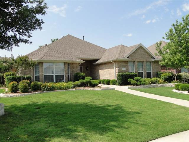 11783 Yoakum Drive, Frisco, TX 75035 (MLS #14238905) :: Tenesha Lusk Realty Group