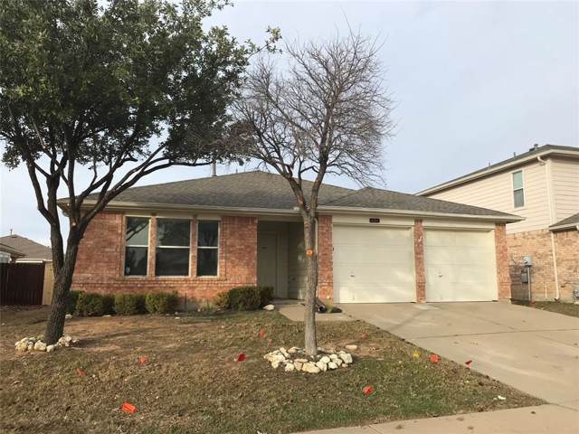 1821 Crested Butte Drive, Fort Worth, TX 76131 (MLS #14238931) :: Ann Carr Real Estate
