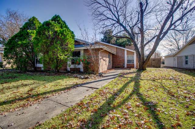 2704 White Oak Drive, Plano, TX 75074 (MLS #14238971) :: Tenesha Lusk Realty Group