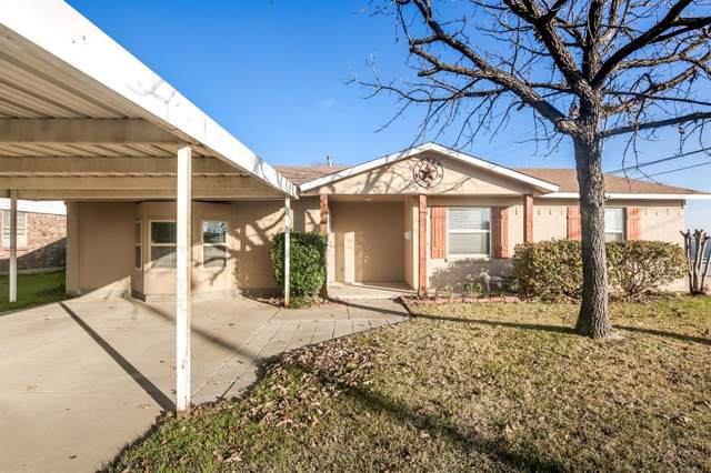 817 Palomino Drive, Saginaw, TX 76179 (MLS #14239092) :: RE/MAX Town & Country