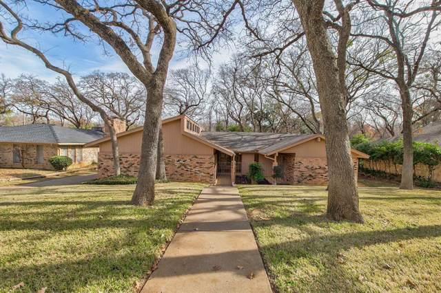 2205 Brookside Drive, Arlington, TX 76012 (MLS #14239196) :: The Hornburg Real Estate Group