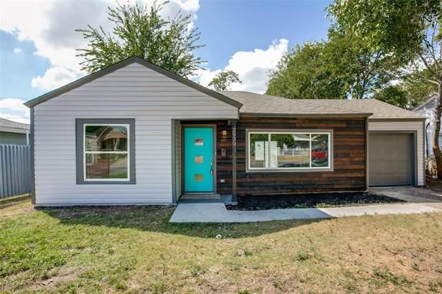 2930 Poinsettia Drive, Dallas, TX 75211 (MLS #14239349) :: The Kimberly Davis Group