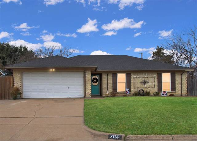 704 Vaughn Drive, Burleson, TX 76028 (MLS #14239612) :: The Rhodes Team