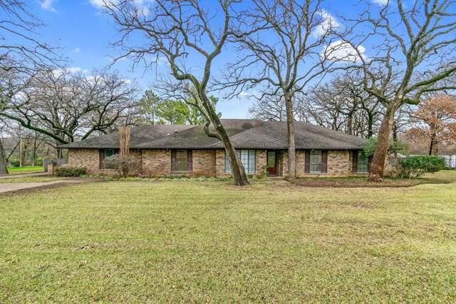 3319 Doty Lane, Arlington, TX 76001 (MLS #14239893) :: North Texas Team   RE/MAX Lifestyle Property
