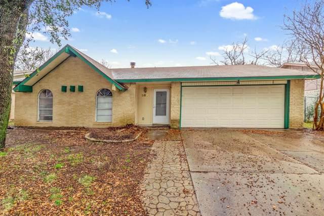 2821 Santa Monica Drive, Grand Prairie, TX 75052 (MLS #14239904) :: Ann Carr Real Estate