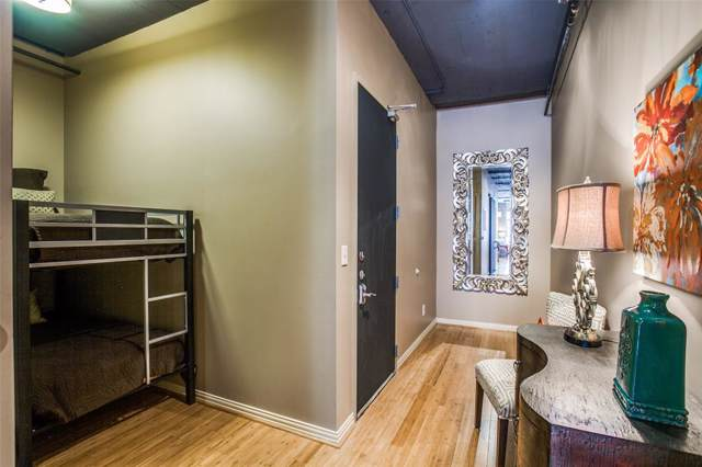 1122 Jackson Street #219, Dallas, TX 75202 (MLS #14240214) :: The Hornburg Real Estate Group