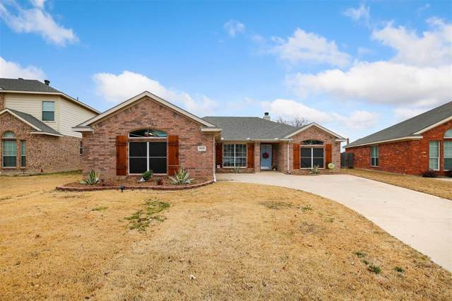 10432 Bear Creek Trail, Fort Worth, TX 76244 (MLS #14240319) :: Century 21 Judge Fite Company
