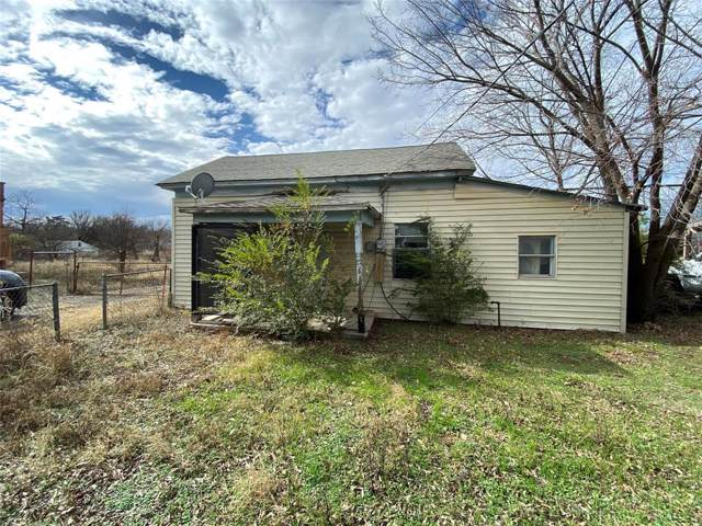 521 N 2nd Street, Jacksboro, TX 76458 (MLS #14240371) :: Tenesha Lusk Realty Group