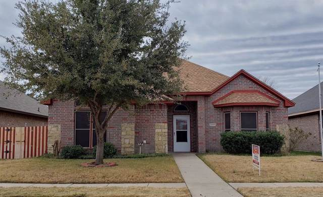 2927 Preston Trail, Grand Prairie, TX 75052 (MLS #14240494) :: RE/MAX Pinnacle Group REALTORS