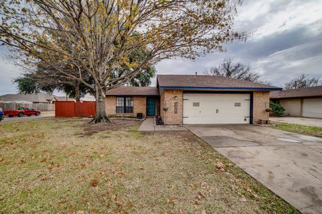 1001 Savannah Drive, Ennis, TX 75119 (MLS #14240620) :: Team Hodnett
