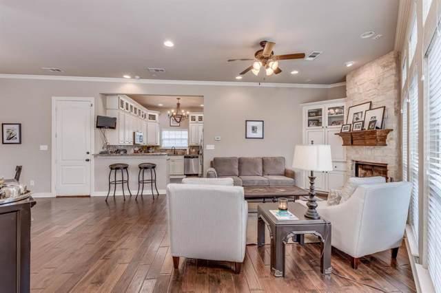 4917 Ridglea Hills Court, Fort Worth, TX 76116 (MLS #14240719) :: Roberts Real Estate Group