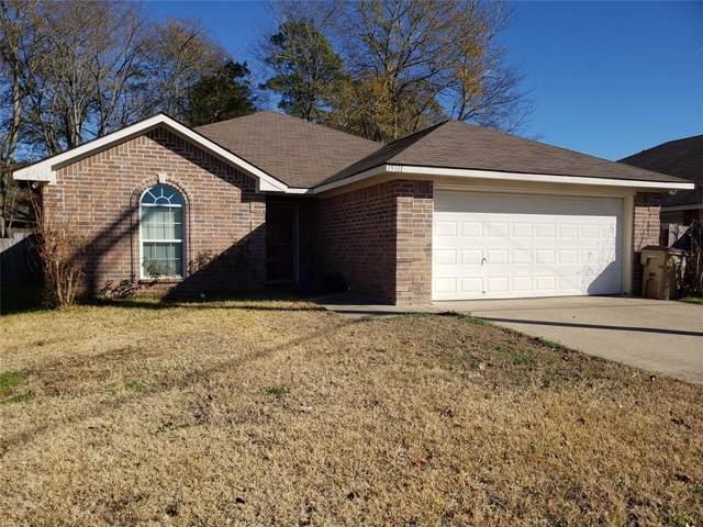 19311 Big Valley Drive, Flint, TX 75762 (MLS #14240747) :: Real Estate By Design