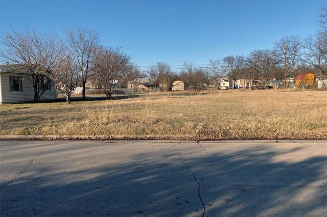 1205 SE 18th Street, Mineral Wells, TX 76067 (MLS #14240903) :: Real Estate By Design