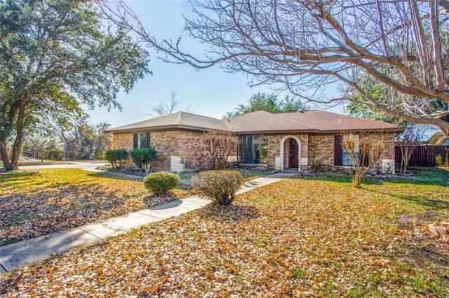 932 Arrow Wood Street, Benbrook, TX 76126 (MLS #14241110) :: Team Hodnett