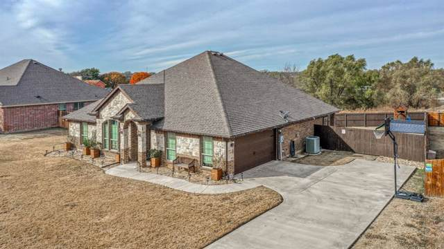 127 Holmes Lane, Weatherford, TX 76085 (MLS #14241294) :: The Rhodes Team