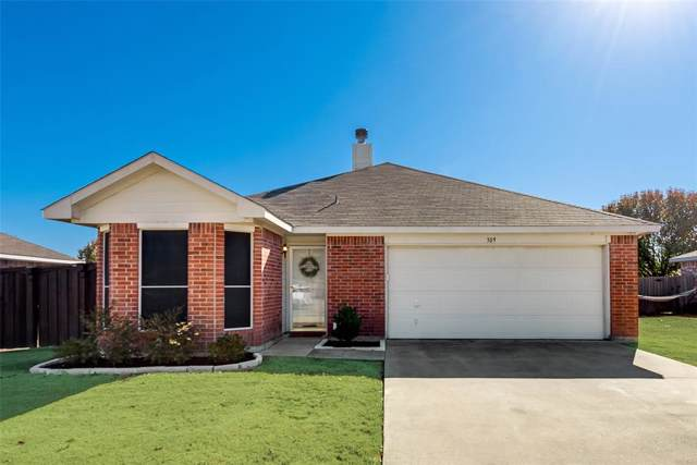 309 S Chestnut Street, Forney, TX 75126 (MLS #14241719) :: Ann Carr Real Estate