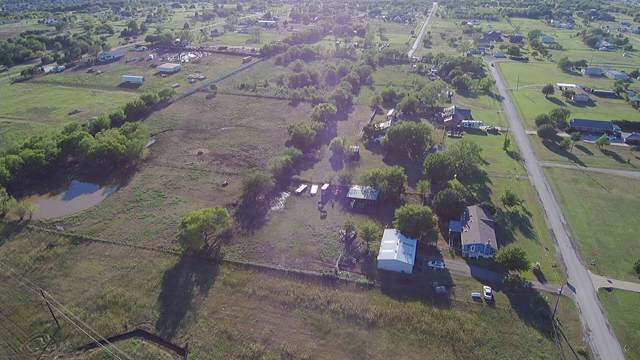 17005 Cardinas Road, Justin, TX 76247 (MLS #14242144) :: The Rhodes Team