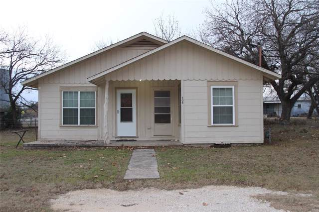 105 N Hubbard Street, Alvord, TX 76225 (MLS #14242194) :: Van Poole Properties Group