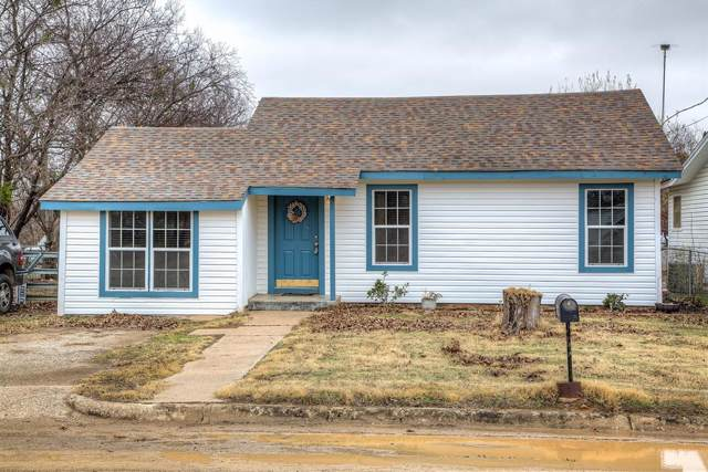 312 N Jack Street, Jacksboro, TX 76458 (MLS #14242374) :: Frankie Arthur Real Estate