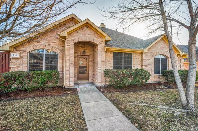 313 Williamsburg Drive, Van Alstyne, TX 75495 (MLS #14242497) :: Trinity Premier Properties