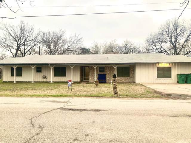 202 S O Neil Street, Alvord, TX 76225 (MLS #14242715) :: Van Poole Properties Group