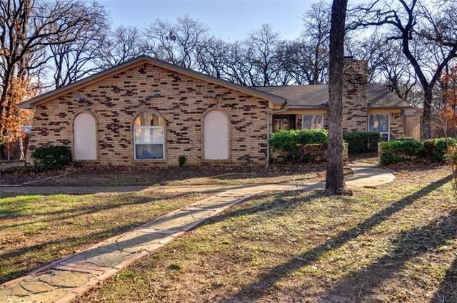 2923 Canyon Drive, Grapevine, TX 76051 (MLS #14243013) :: Ann Carr Real Estate