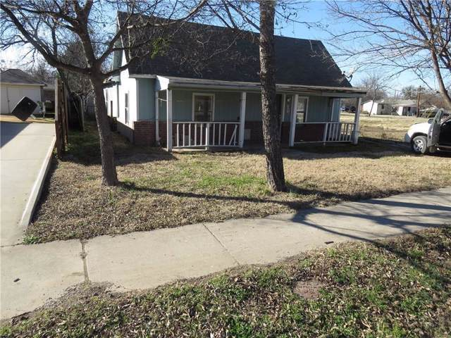 209 S 5th Street, Sanger, TX 76266 (MLS #14243733) :: The Paula Jones Team | RE/MAX of Abilene