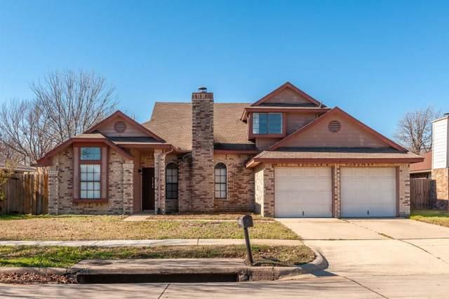 5104 Yaupon Drive, Arlington, TX 76018 (MLS #14244276) :: The Hornburg Real Estate Group