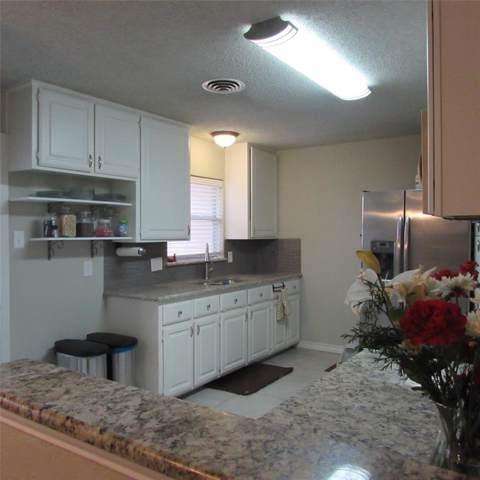2303 Dewitt Street, Irving, TX 75062 (MLS #14245296) :: EXIT Realty Elite